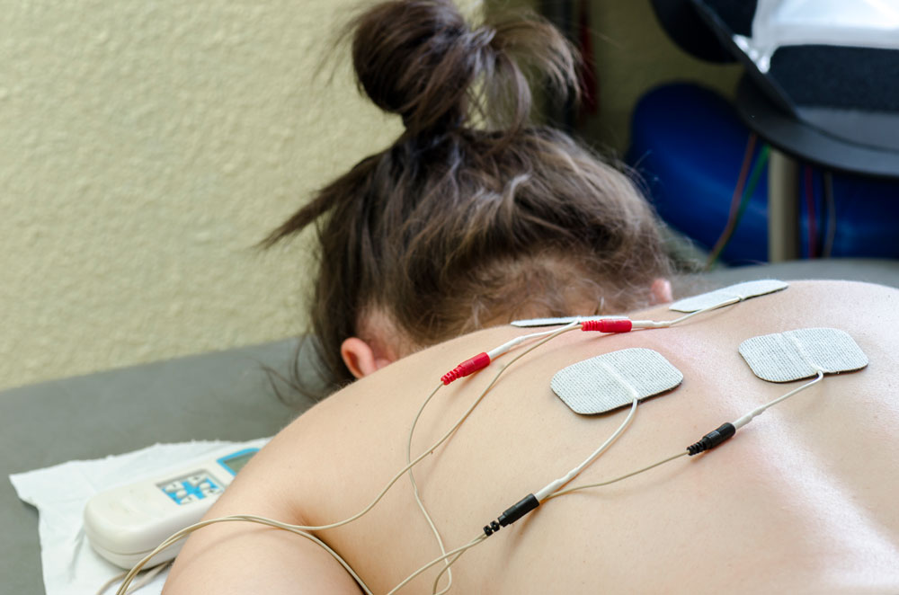 Chiropractic Physicians Specialized in Electrical Muscle Stimulation Treatment in Chicago