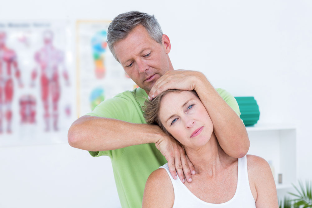 Qualified Chiropractors for Neck Pain Treatment in Chicago
